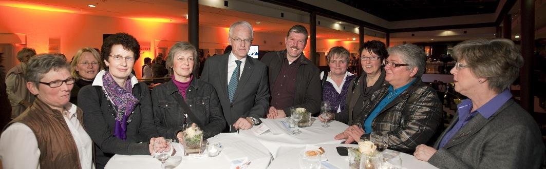 Beelener Ehrenamtler beim Neujahrsempfang mit Jürgen Rüttgers in Münster